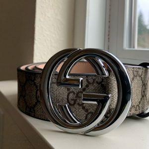 GUCCI BELT | GG Supreme belt with G buckle